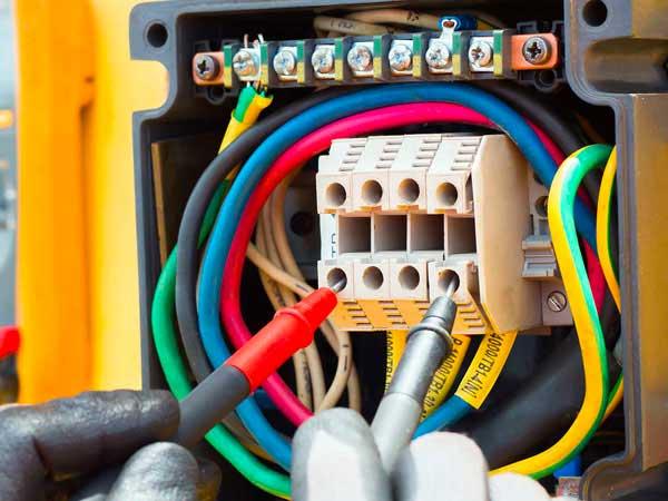 Impianti-elettrici-carpi-correggio