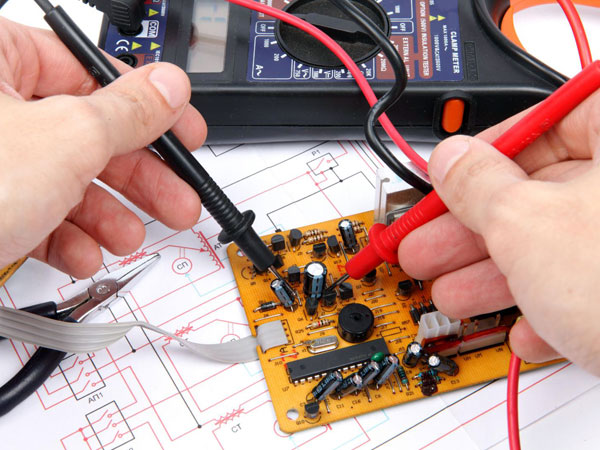 Manutenzione-elettrica-programmata-carpi-soliera