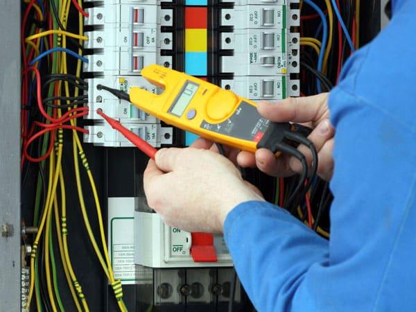 Servizio-manutenzione-programmata-impianti-antincendio-soliera